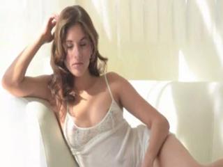 Порно видеоы как сын ебет пьяную мать