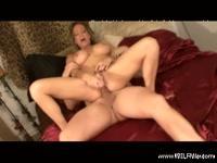 Мать получает оргазм с сыном